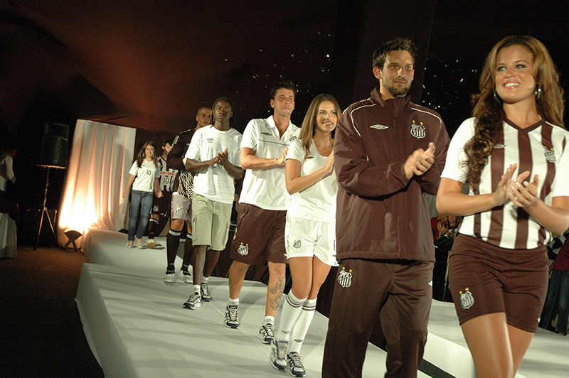 Lançamento Uniformes Santos FC 2009